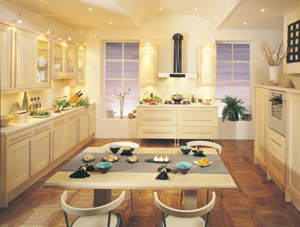 Maple Kitchen Kitchens Kitchenworld Exeter Shaker Maple Kitchen
