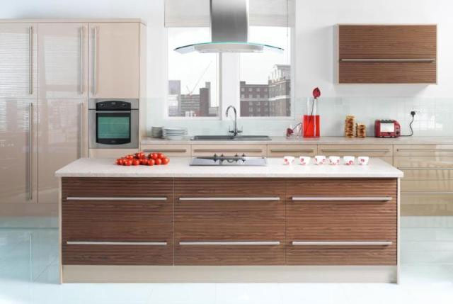 Devon Kitchens -  Kitchenworld Exeter - Gloss Coffee and Walnut Kitchen
