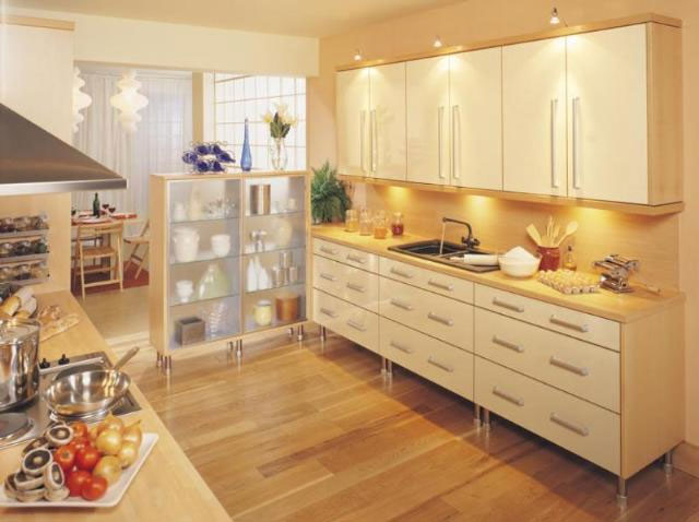 Devon Kitchens -  Kitchenworld Exeter - Tempo Gloss Kitchen